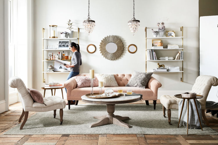 Creamy living room with light pink couch - eclectic style
