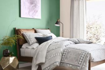 Sweet Dreams: Bedroom Makeover DIYs