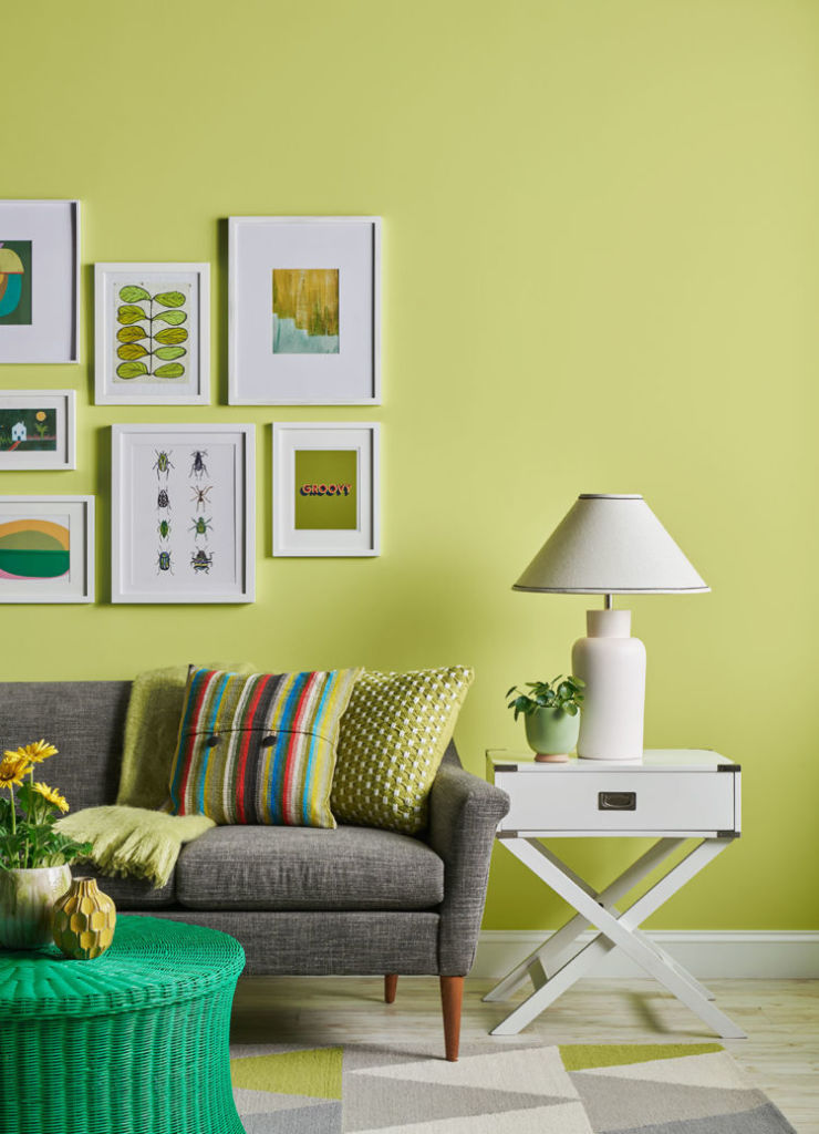living room, dark khaki walls, couch and table with lamp