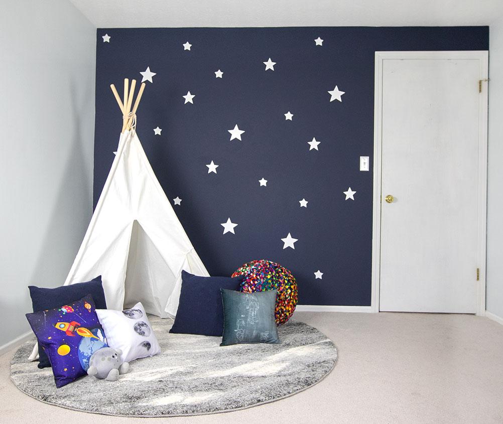 cloth teepee, kids' room makeover